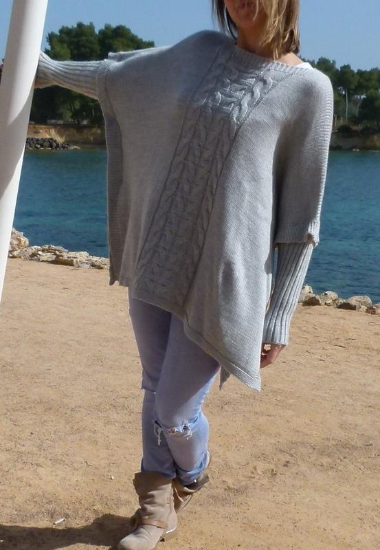 Pullover im Ponchostil